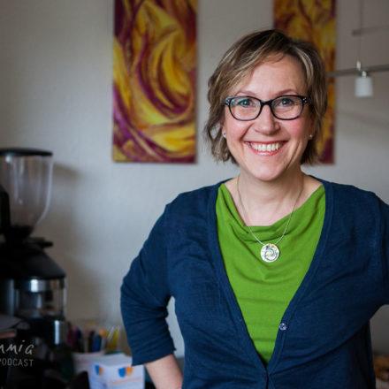 Folge 8.1. Gisela Backe: Freudestrahlende Transformation